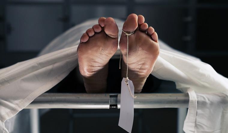 ਤੀਜੀ ਮੰਜ਼ਿਲ ਤੋਂ ਡਿੱਗਣ ਕਾਰਨ ਮੌਤ