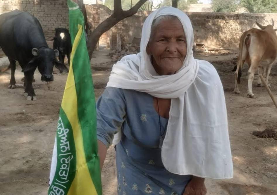 ਮਾਤਾ ਮਹਿੰਦਰ ਕੌਰ ਨੇ ਕੰਗਨਾ ਰਣੌਤ ਖ਼ਿਲਾਫ਼ ਮਾਨਹਾਨੀ ਦੀ ਸ਼ਿਕਾਇਤ ਕੀਤੀ
