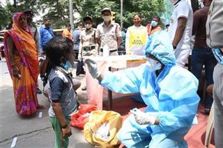 ਕੋਵਿਡ-19: ਭਾਰਤ ਵਿਚ ਇਕ ਦਿਨ 'ਚ ਸਭ ਤੋਂ ਵੱਧ 2,17,353 ਨਵੇਂ ਕੇਸ; 1185 ਮੌਤਾਂ