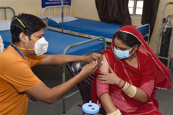 ਦੇਸ਼ 'ਚ ਕਰੋਨਾ ਪੀੜਤਾਂ ਦੀ ਗਿਣਤੀ 2 ਕਰੋੜ ਨੂੰ ਟੱਪੀ: ਪੰਜਾਬ 'ਚ 155 ਮੌਤਾਂ ਨਾਲ ਮਰਨ ਵਾਲਿਆਂ ਦੀ ਗਿਣਤੀ 9472 ਹੋਈ